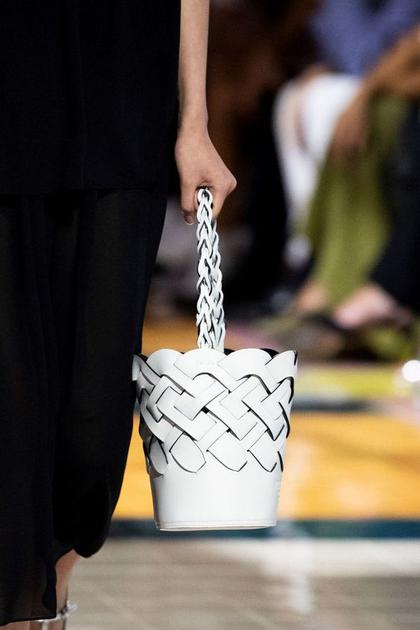 prada水桶包