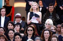 82位女电影人戛纳为男女平权发声