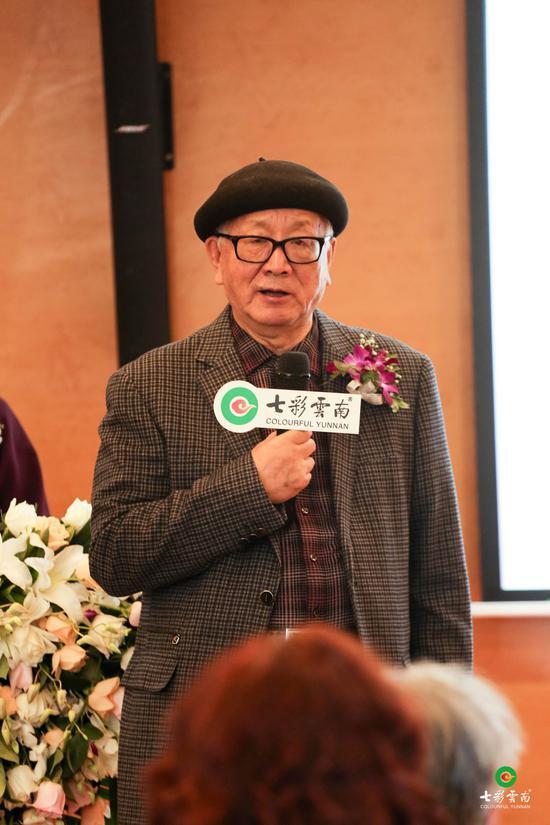 國防大學原馬克思主義研究所所長教授黃宏進行致辭