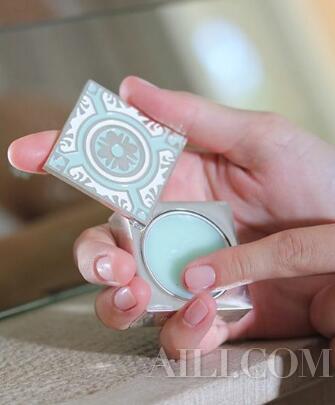 帶香一天的秘密 香膏比香水更持久