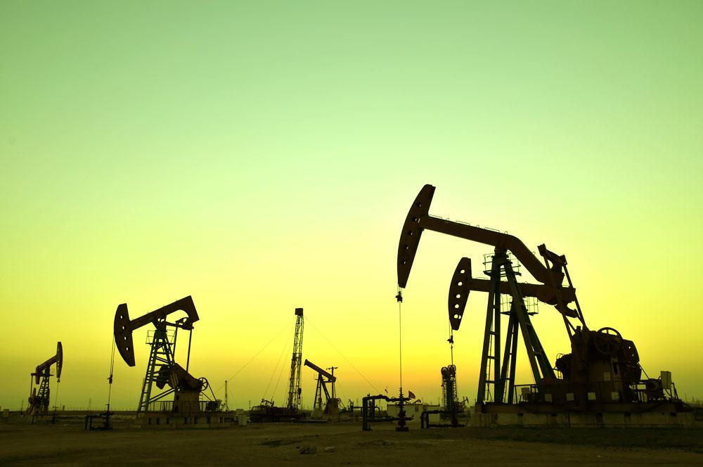 沙特石油设施遭无人机攻击起火 尚无组织宣布负责