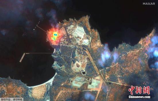 1月14日讯,卫星图像表现1月12日澳大利亚新南威尔士州伊甸园林火灾区卫星图像,画面清亮可见火势照样强烈。