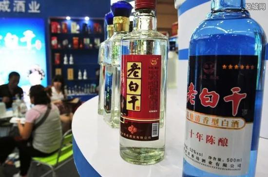 """""""河北王""""老白干酒净利大降4成,为何酒场失意?"""