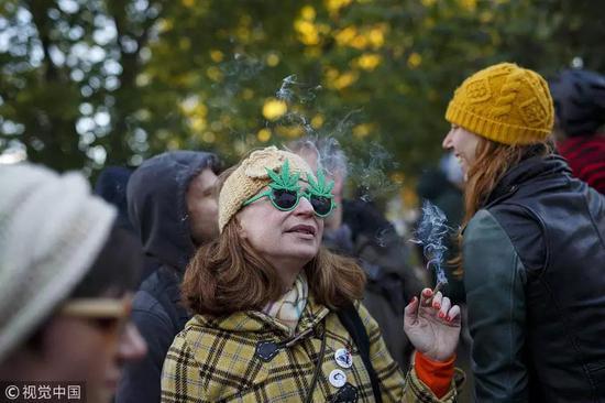 美国也有越来越众的州在铺开大麻的相符法化。