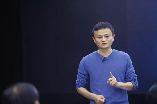 ▲马云 | 中国企业家俱笑部主席、阿里巴巴集团董事局主席