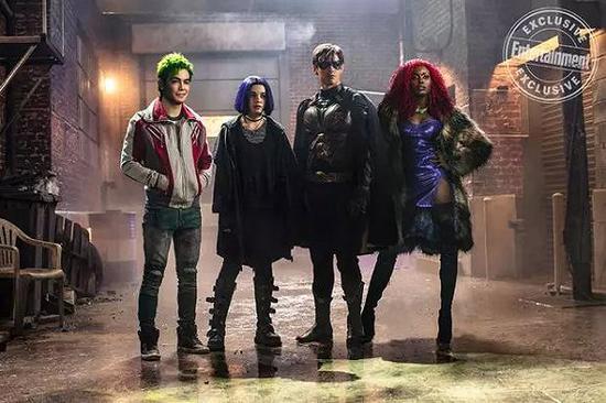 DC Universe在2018年推出的《泰坦》好评如潮