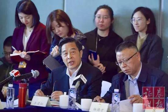 光大集团董事长李晓鹏:光大银行理财子公司正在等待监管部门批准