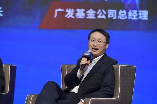 建设银行个人存款与投资部副总经理曹伟