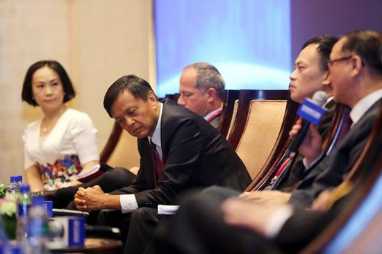 外媒:到中国去 美企用实际行动反对政府令