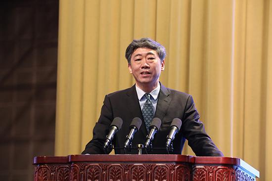 李稻葵:山東如果有10個譚旭光 國有企業早就盤活了