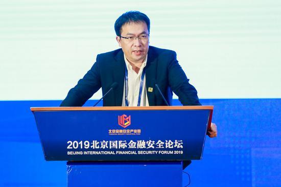 """澎湃新闻:装了ETC怎么兑现""""不涨价""""承诺?"""
