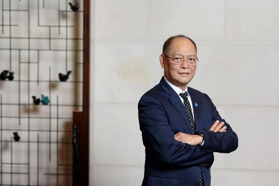 瑞银:李宁目标价上调至26.5港元维持中性评级