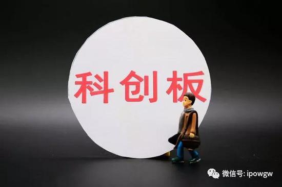 """新华网:阻断疫情传播这个春节应有""""新年俗"""""""