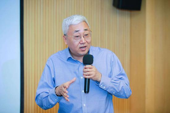 刘锋:下半年依然需要宽松的金融环境 不必担忧政策转向