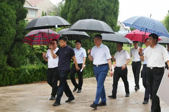 中国融通集团董事长温刚调研集团公司烟台项目