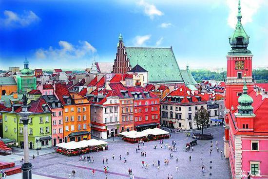 波兰华沙_图为波兰首都华沙