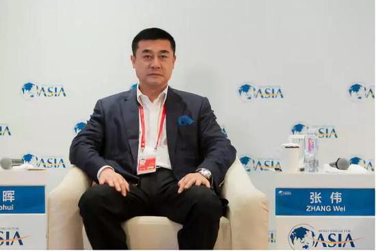图为中科创金融控股集团董事长张伟