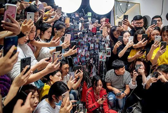 杨伟平易近:乡村开展要建立空间理念战本则