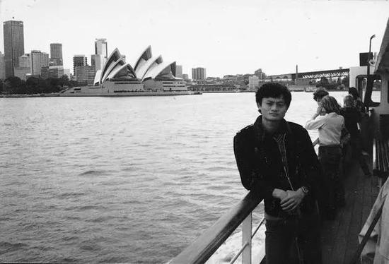 1985年,马云在澳大利亚悉尼