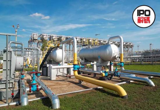 专家认为:油价暴跌将终结美元霸权