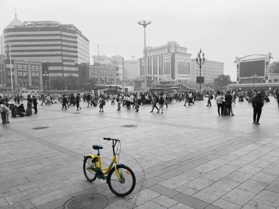 北京站北广场。2018年6月15日