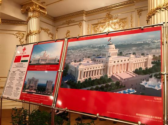 △这是中方援塔议会大楼项现在。,场地面积8.78公顷,修建面积43750平方米。(央视记者石伟明拍摄)