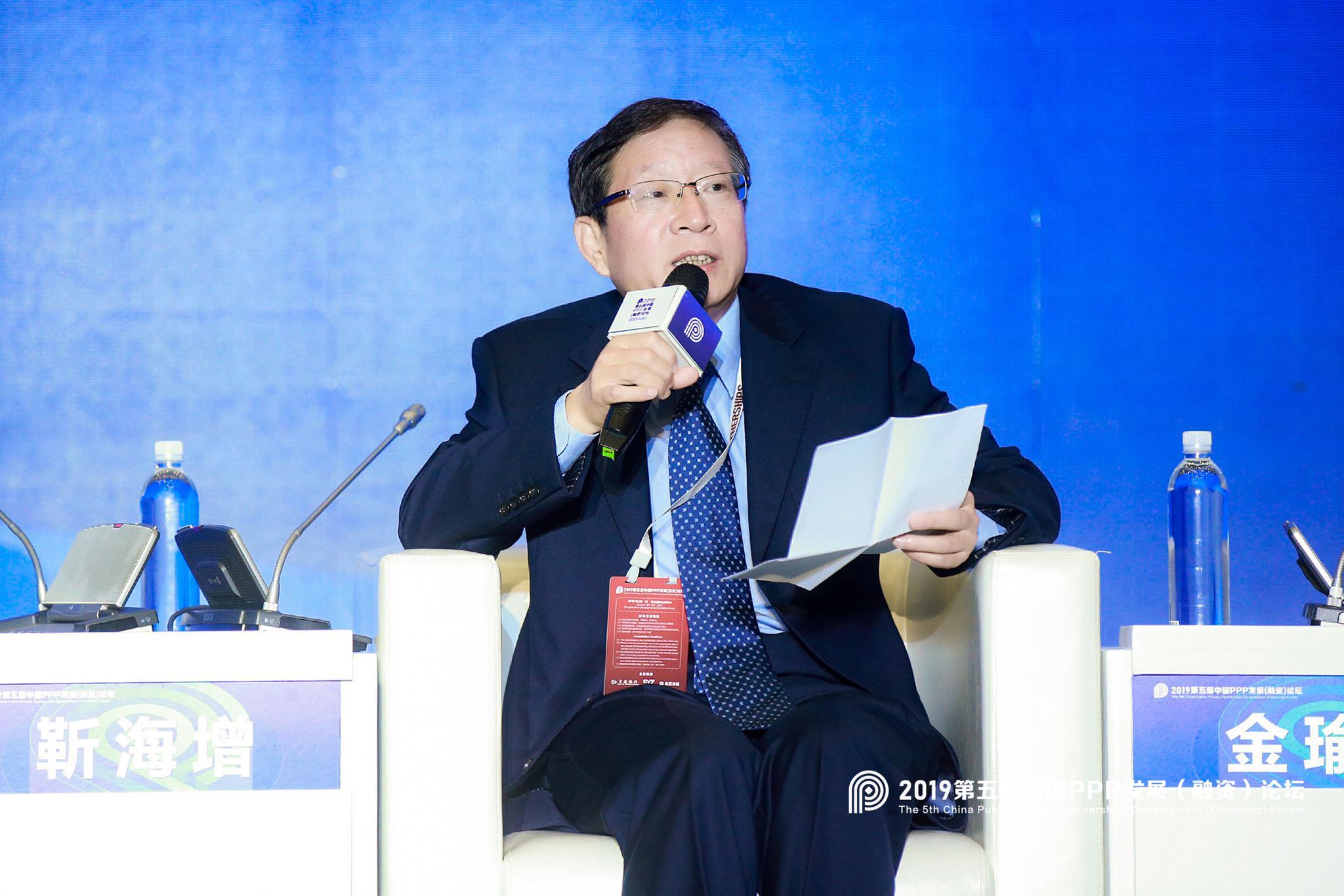 河北省财政厅党组成员、副厅长靳海增