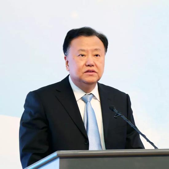 马云:企业要做好本土经济比什么都重要