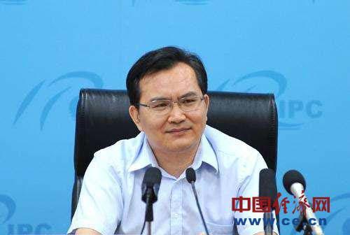 盛来运,男,1965年生,河南省商城县人。经济学博士,高级统计师。