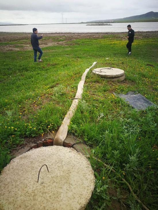 中央第六生态环境珍惜督察组在青海省现场检查餐饮宾馆等浑水直排情况