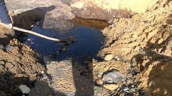 谁在抹黑腾格里沙漠?产生黑液的美