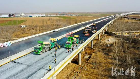 雄安三条高速5月底建成通车 打造新区对外骨干路网