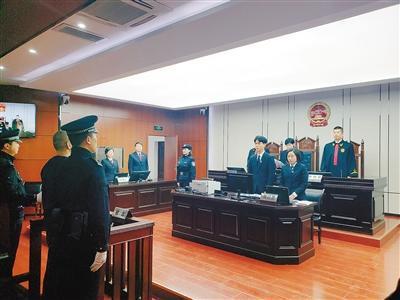 昨日,法庭宣判朱某有期徒刑3年又6个月,并处罚金5万元。