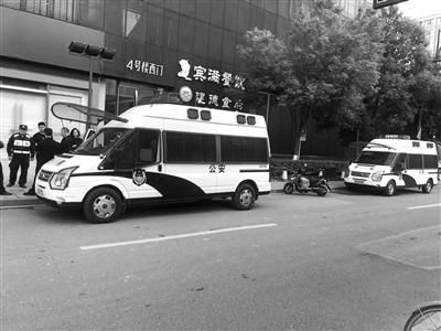 北京铁路局启动预案防控疫情:配测温仪列车消毒通风