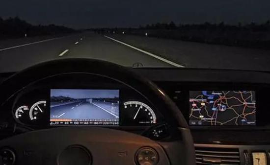 睿創微納產品:紅外成像輔助駕駛裝置