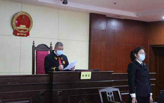 刘强东 京东 个人行为 无关超过百万网友参与讨论了这件事情
