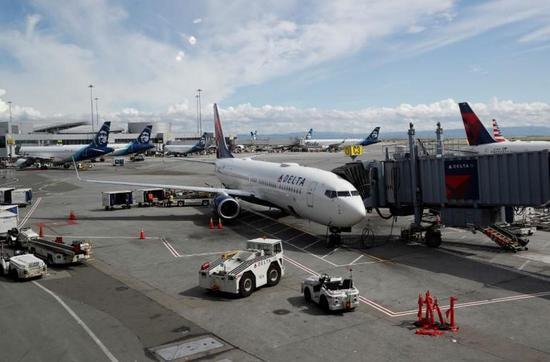 美国要求受援航空公司9月底前不得裁员