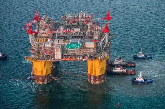 美国WTI原油期货周二收高2.6%