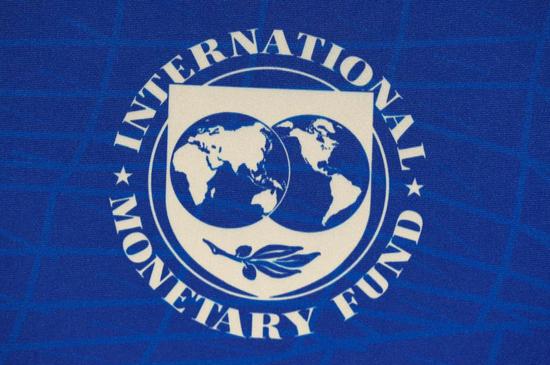"""外盘头条:IMF称新冠危机""""远未结束"""" 仍需更多支持"""