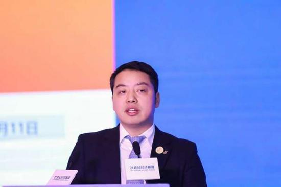(图:越秀产业基金总裁卢荣)