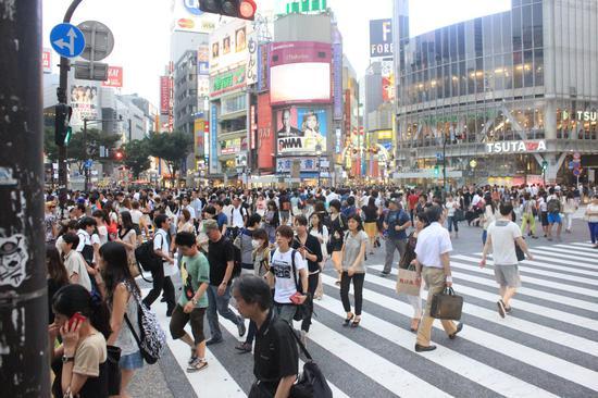 日本人口连续10年下降 新生儿连续三年不到百万