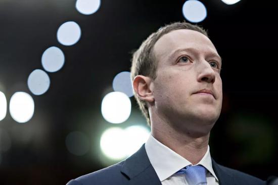 少年得志的扎克伯格该如何确保Facebook变得沉稳且值得信赖