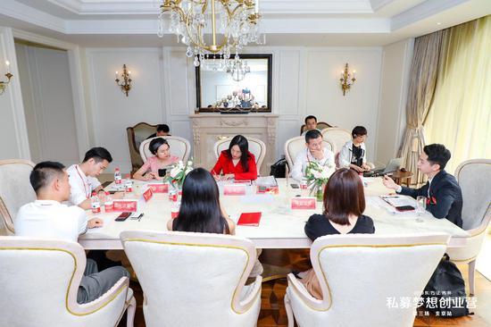 A组圆桌答辩现场
