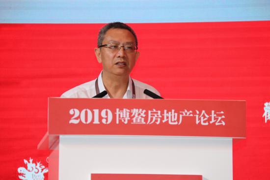 華夏新供給經濟學研究院首席經濟學家賈康
