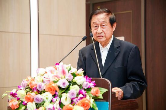 国泰君安董事长杨德红辞任 将由贺青接任