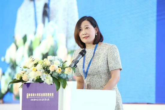中国电信携手央视频、华为开通武汉天河机场5G直播