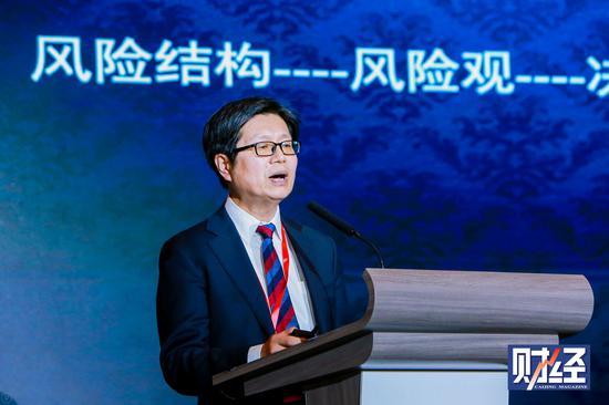 美媒文章:中美应对国际疫情做法迥异