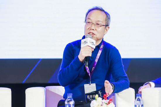 马晓伟:疫情防控成效来之不易但形势严峻复杂不可侥幸