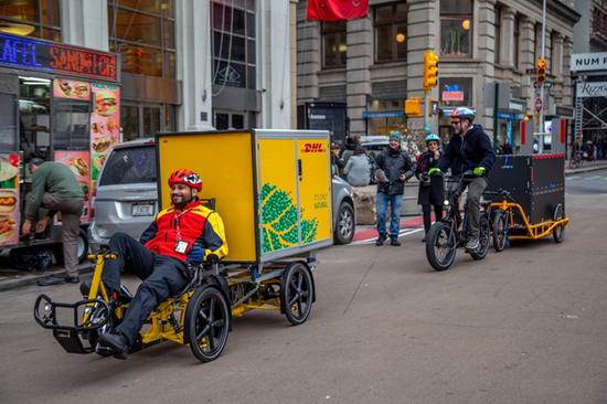电动自行车成欧洲消费爆款 法意买车国家补贴英国人眼馋