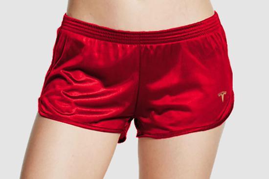 """马斯克推出""""做空短裤"""" 每条""""仅售69.420美元"""""""